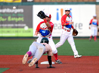 Nick Sergakis tags Eric Martinez, Brooklyn Cyclones vs. Vermont Lake Monsters