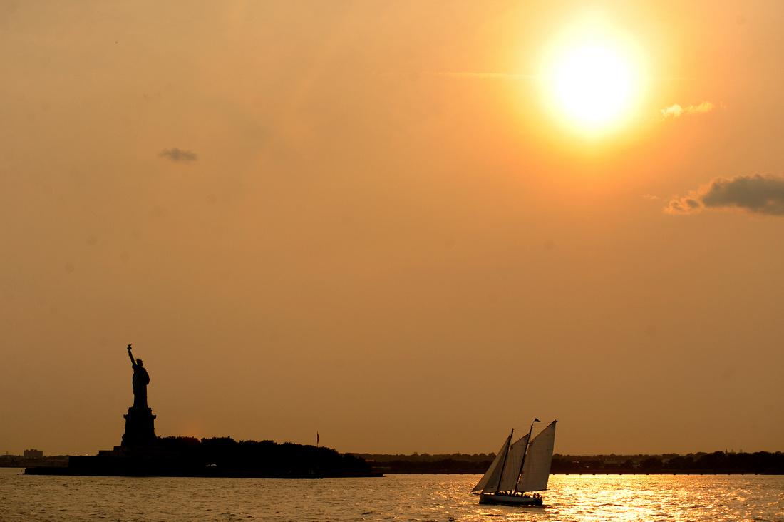 Staten Island Ferry, Statue of Liberty
