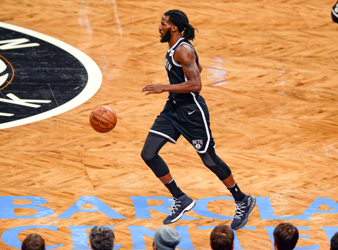 NBA: Brooklyn Nets vs. Cleveland Cavaliers, Brooklyn Nets small forward DeMarre Carroll (9)