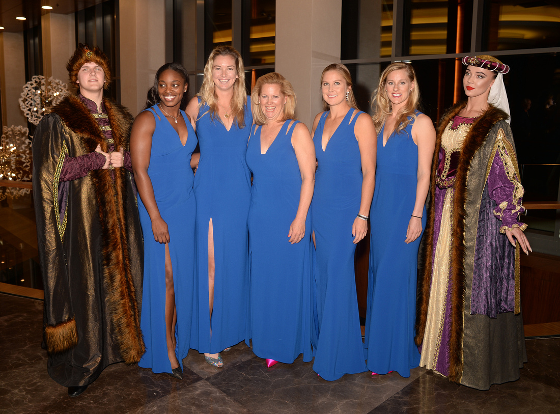 2017 Fed Cup Final: USA vs. Belarus, Official team dinner, Alison Riske, Sloane Stephens, Coco Vandeweghe, Shelby Rogers