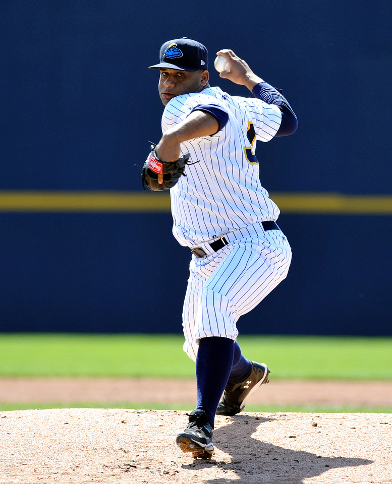 Joel De La Cruz_1344.JPG, Akron Rubber Ducks vs. Trenton Thunder